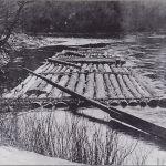 800px-Pine_Creek_Log_Raft