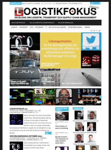 Inför år 3 designades sajten om igen. Nyhetsticker infördes och layouten blev mer bildfokuserad.